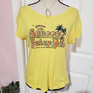RUE 21 Bahamas Squeeze Juicy  Bar shirt